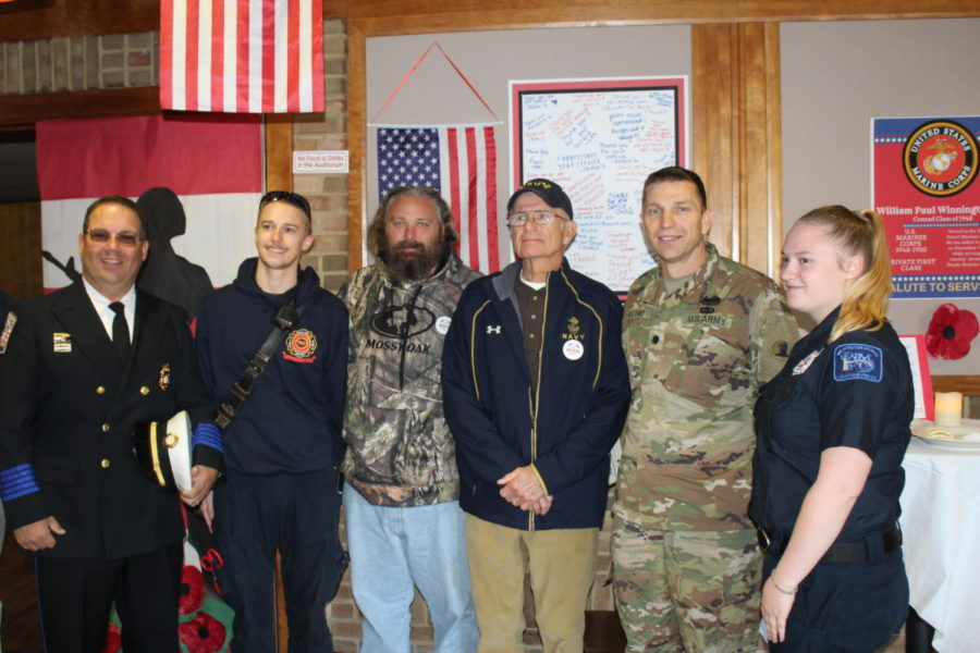 Rho Kappa- Thanking Veterans for their service