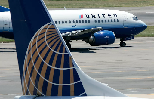United Airlines Fire 600 Unvaccinated Employees
